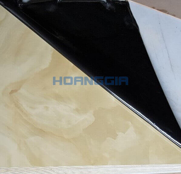 Laminated steel H152